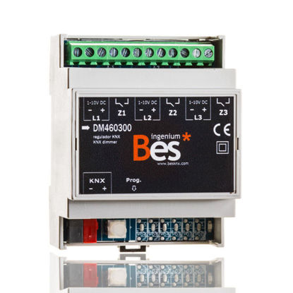 Picture of 3-channel dimmer for ballasts - 1-10V - DIN format