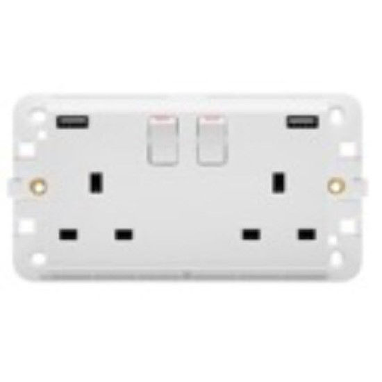 Picture of TWIN SWITCHED SOCKET 13A WITH USB WHITE